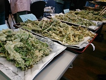 天ぷらも山盛り!